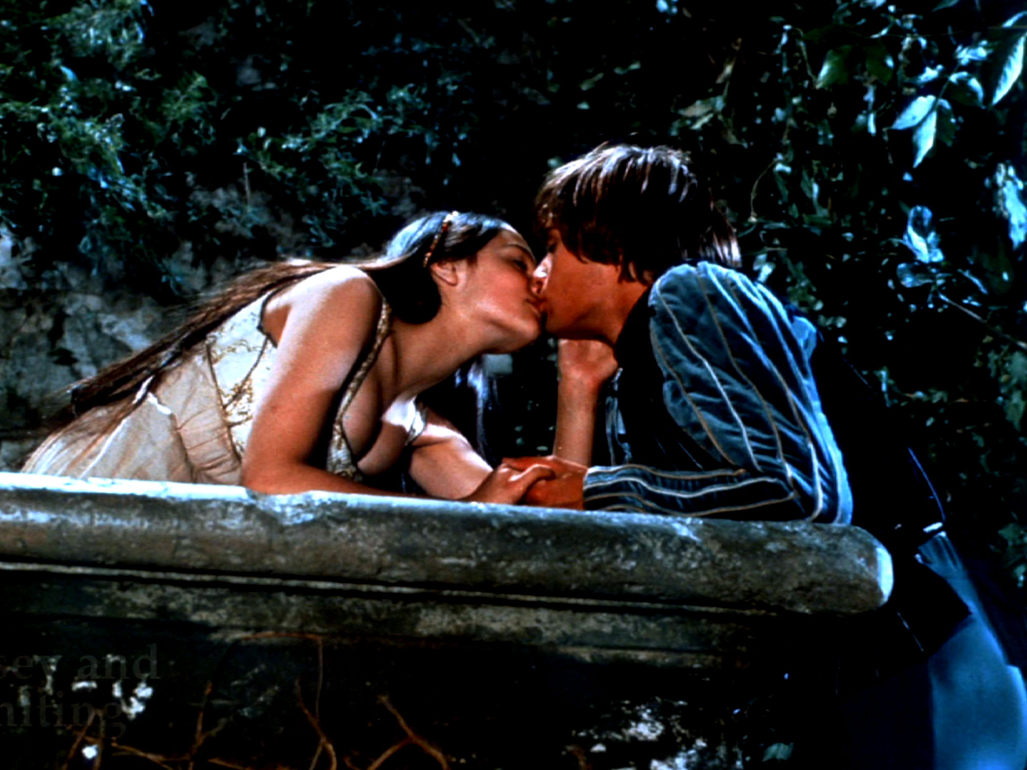 romeo and juliet 1968 and Romeo and juliet (1968) trailer   director: franco zeffirelli leonard whiting, olivia hussey, john mcenery, milo o'shea.
