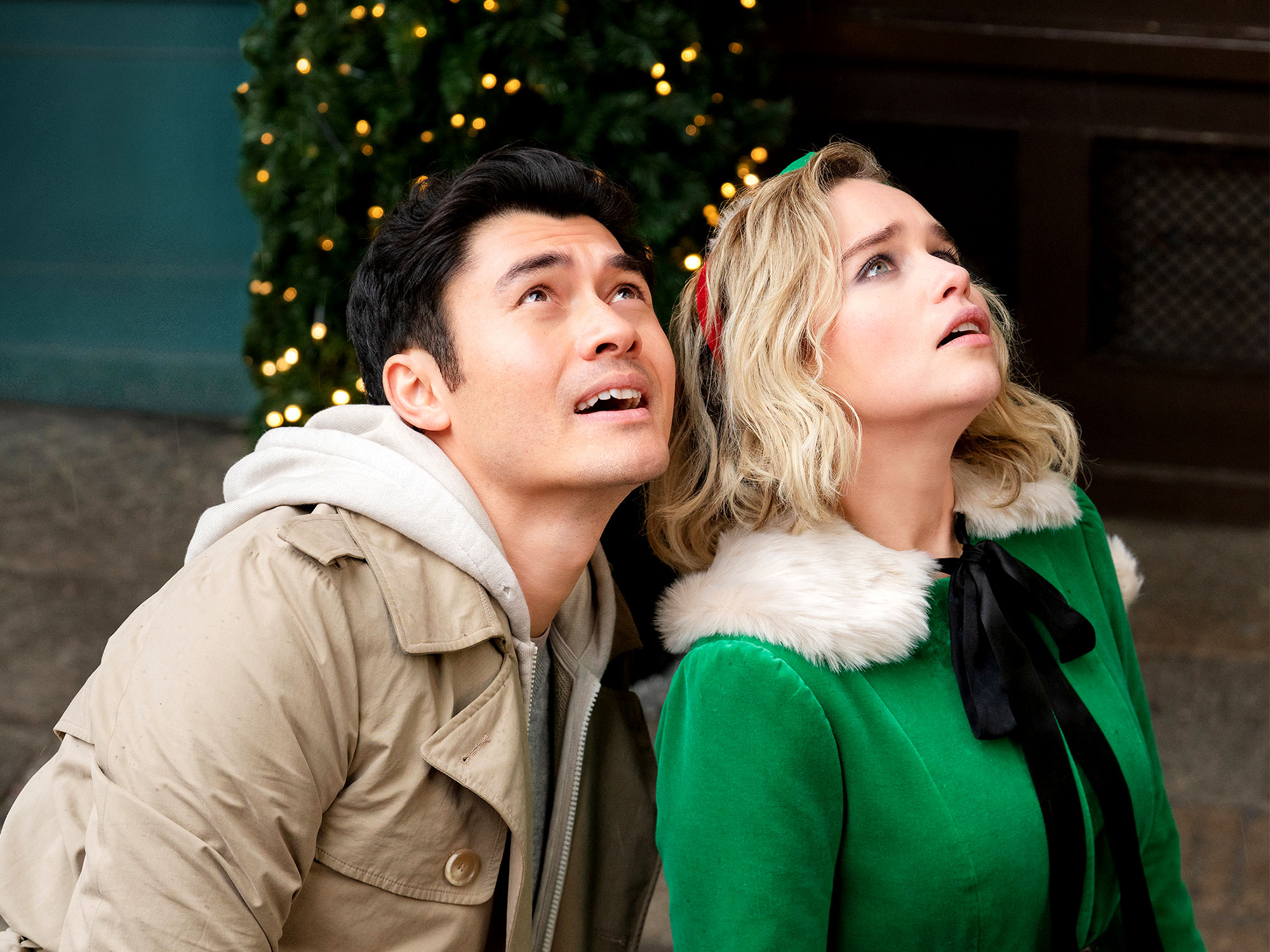 Emilia Clarke and Henry Golding in Last Christmas (2019)