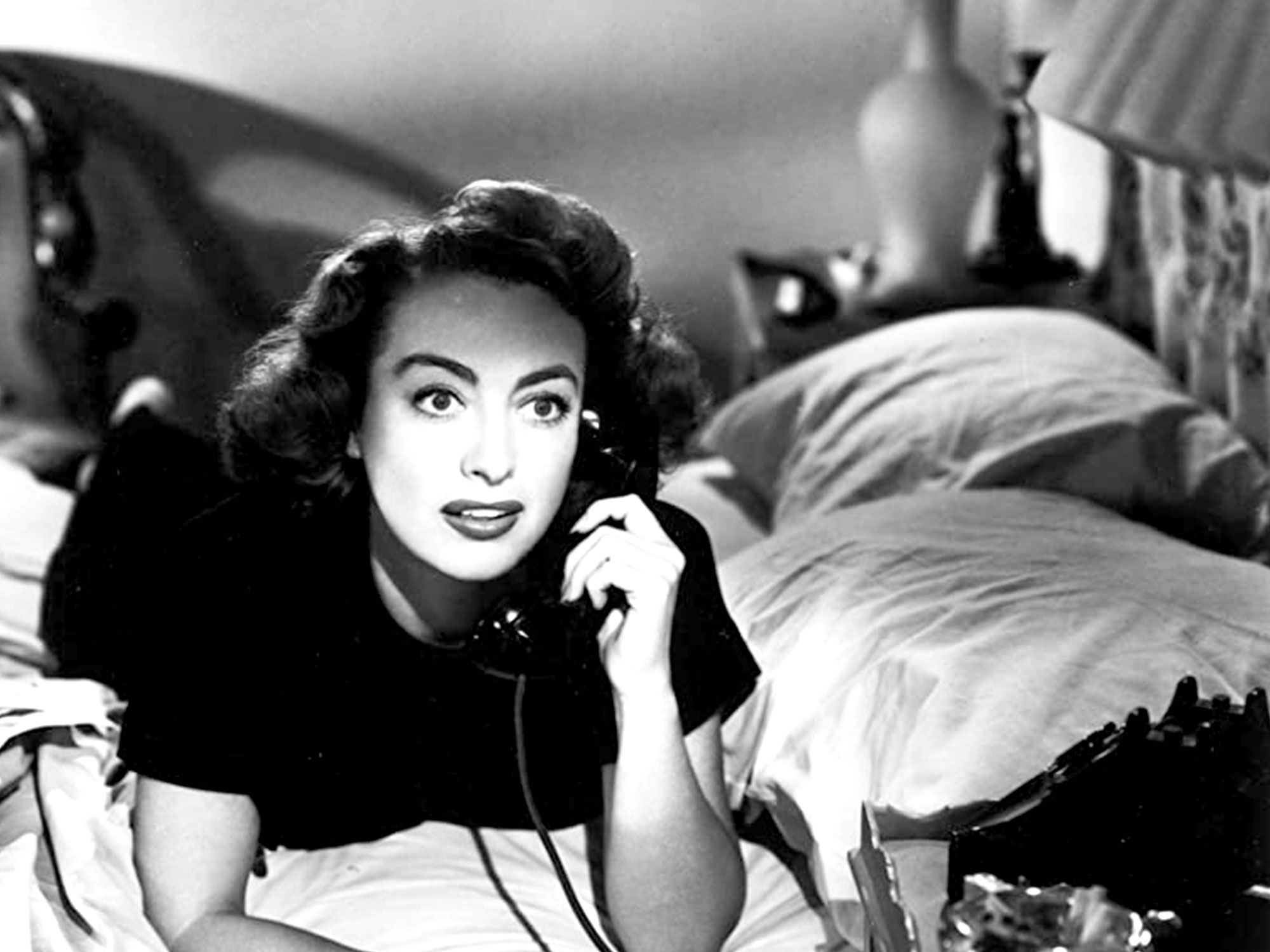 Joan Crawford in Daisy Kenyon (1947)