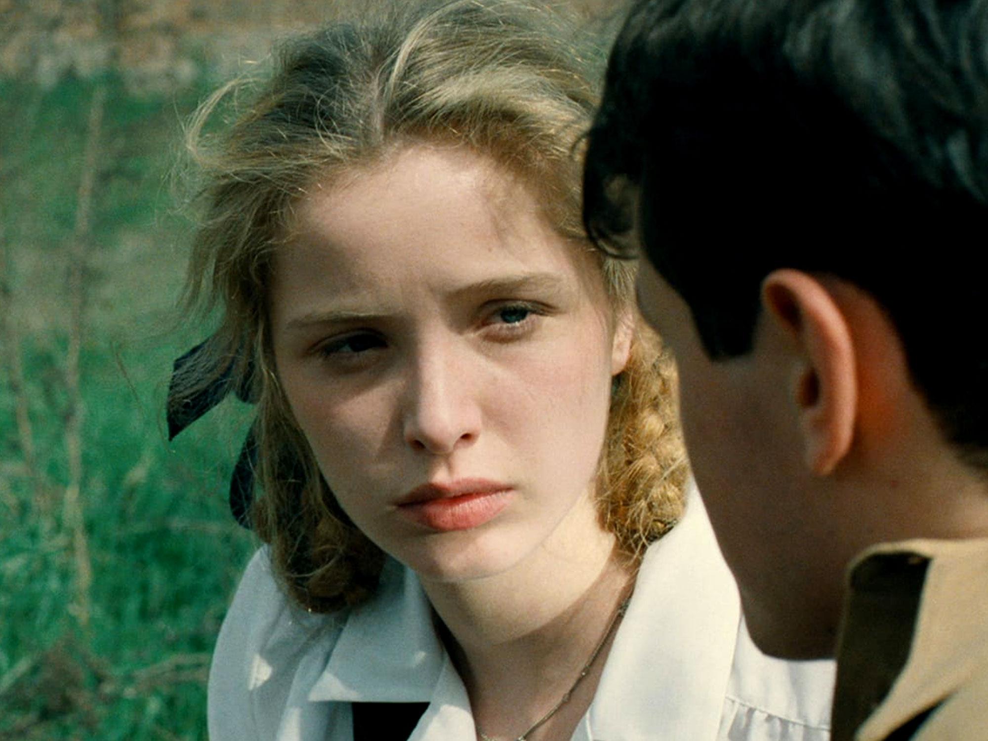 Julie Delpy in Europa Europa (1990)