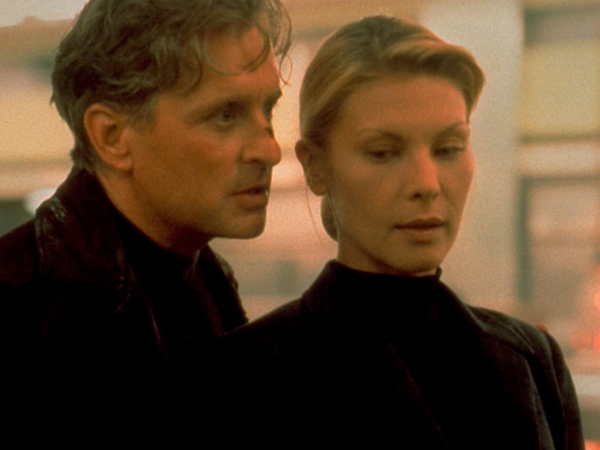 Michael Douglas and Deborah Kara Unger in The Game (1997)